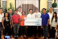 Cooperatives and POs Receive Financial Assistance